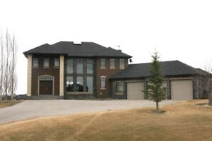 Beautiful Custom built 2 Story Property on Top of Golf Course