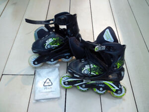 Adjustable Bladerunner roller blades: mens sizes 1-4