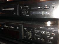 2 x Sony minidisc units spares or repair