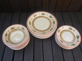 Dinner Plates / Side Plates / Bowls