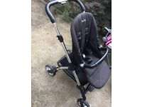 Silver cross wayfarer travel system in good very condition raspberry pink colour.
