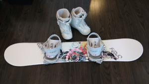 Female Snowboard w/ Bindings and Boots
