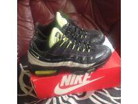 Nike 95 trainers