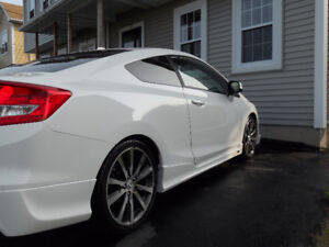 2012 Honda Civic SI / HFP Coupe (2 door)