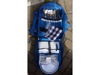 Picnic back pack and 5 piece cookware set