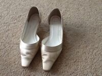 Ivory shoes size 7 worn once