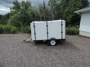 SNOW BEAR 8 X 4 ENCLOSED CARGO TRAILER