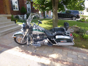 mint 2003 road king police special