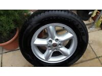 Range rover alloy and Goodyear wrangler tyre 18 inch MINT