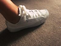 Unisex White Leather Allstar Converse Trainers Size 5