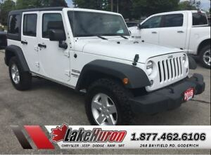 2016 Jeep WRANGLER UNLIMITED Sport *LOW LOW KMS*