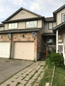 14 Copper Leaf- 3 Bedroom Townhome In Activa Area Of Kitchener