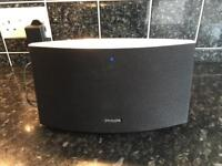 Philips AD7000W wireless speaker with Airplay