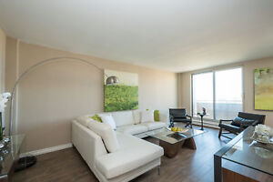 Renovated Two Bedroom - Great North Location-Walk to Everything!