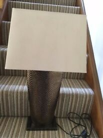 LARGE TABLE LAMP WITH SHADE