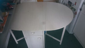 White drop-leaf butterfly dining table, 4 chairs 2 drawers