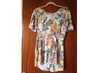 Clothes size 12/M