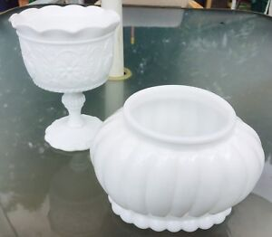 Collector items Vintage Milk Glass 2 pcs