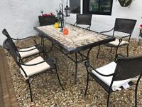 Outdoor table and 6 chairs
