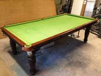 RILEY ANTIQUE DINER SNOOKER TABLE. IT IS A 3/4 SIZE 8ft X 4 FT. oNE PIECE SOLID SLATE BED