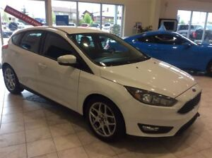 2015 Ford Focus SE Automatic - $124 B/W