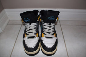 Selling 3 pairs of Nike Shoes