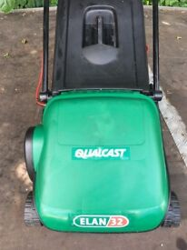 Lawnmower qualcast elan 32 was £89 now £25 delivery