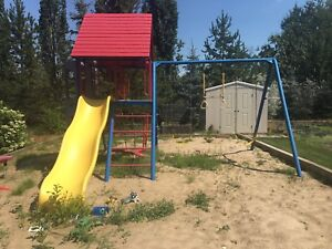 Lifetime play center (primary colors)