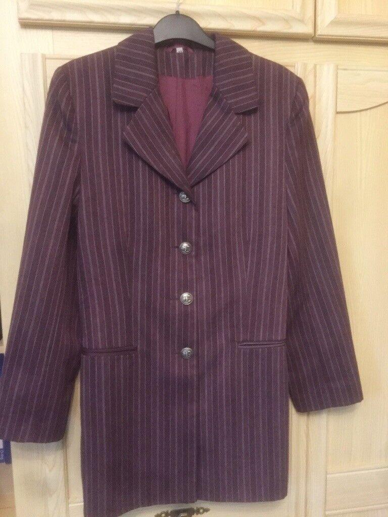 Star ladies jacket, brown/aubergine with white stripes (size 12)