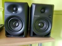 Pioneer dj DM-40 speakers !!!CHEAP
