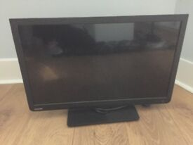24 inch Toshiba LCD tv with built in DVD player, excellent condition