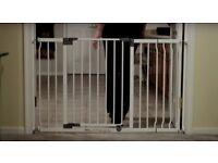 Xtra-Wide Hallway baby security gate