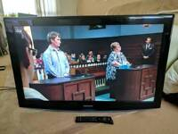"""Samgung 40"""" 40 inch TV with built-in Freeview - Can deliver locally"""