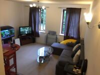 lovely 2 double bed flat in the heart of Beckton,the flat is in excellent condition,