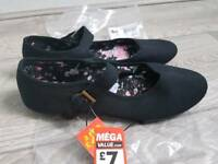Black shoes new