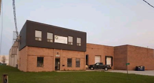 Warehouse + opt. office/storage space available in Oldcastle