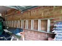 3.5 METRES 13 RUNG ALUMINIUM DOUBLE EXTENSION LADDER - USED & CAREFULLY STORED