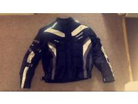 Motorbike protective jacket / offers welcome