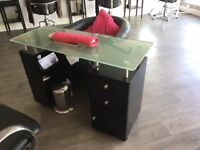 Manicure desk in excellent condition hardly used
