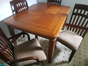 Table set for sale.