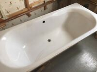Kaldewi steel enamelled bath with fittings 1800 x 800. Very good condition