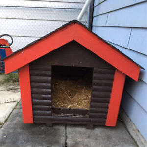 Custom Log Cabin Dog House