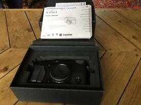 Fuji X Pro 1 digital camera body