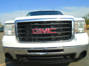 "2010 GMC Sierra 2500HD WT-79""BOX---6.0L V8--ALL BRAND NEW TIRES"