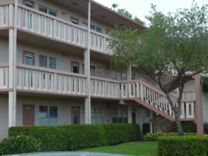 BEAUTIFUL CONDO FOR SALE ,CENTURY VILLAGE BOCA RATON ,
