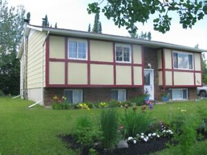 Beautiful 4 Bedroom House for Sale in Nakina Ontario
