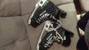 patins de hockey taille 11