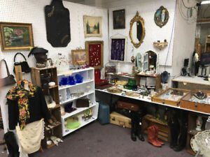 Hamilton Antique Mall,   233 Ottawa Street N,   34000 SQ FT