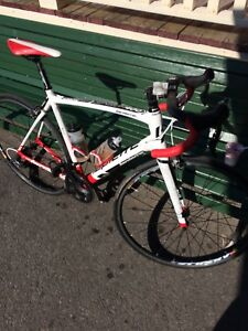 Vélo Lapierre400 sensium