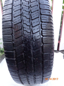 1 NEW GOODYEAR WRANGLER TIRE : 215/65R17 UP FOR SALE